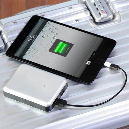 Gum Max Duo | Just Mobile | High-capacity Portable Charger