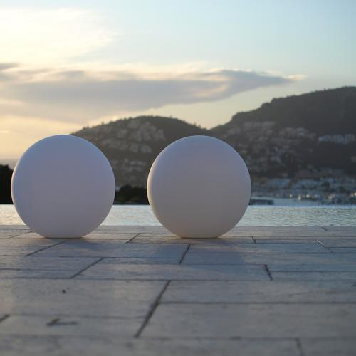 The Ball | Smart & Green | LED Indoor Outdoor Lighting