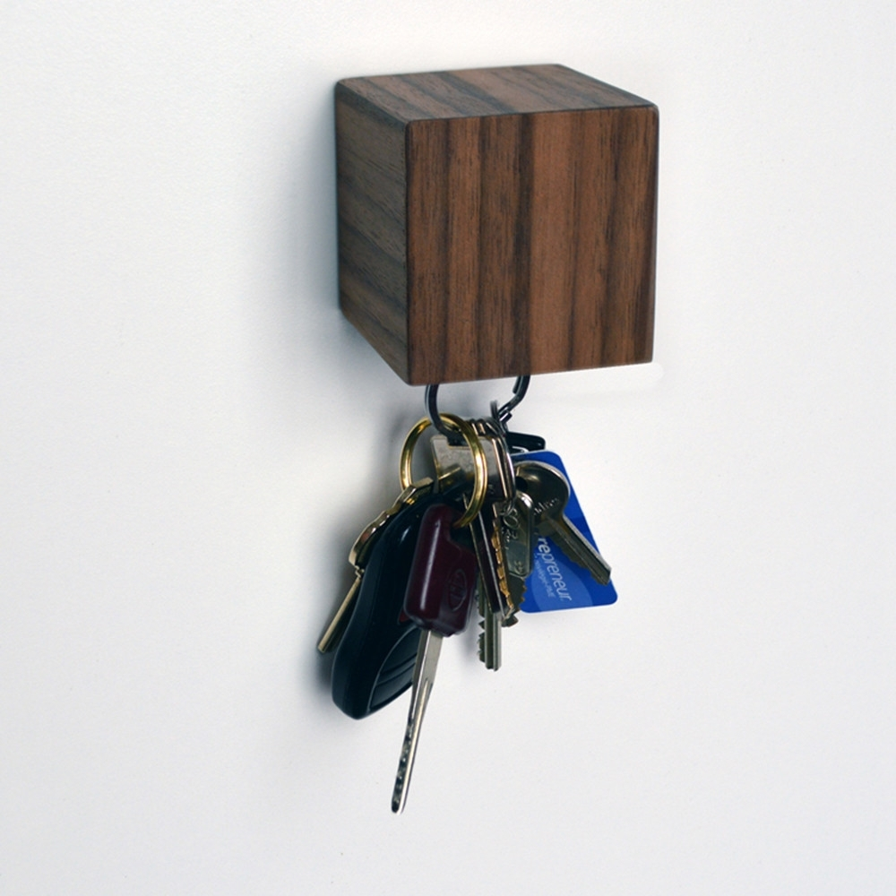 Kube Key Holder, Walnut, Tao Chao