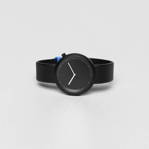 Facette 01- An Iconic Watch Shape With Distinct Design Details