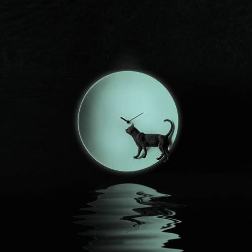 Moon X Cat Clock  - Haoshi Design