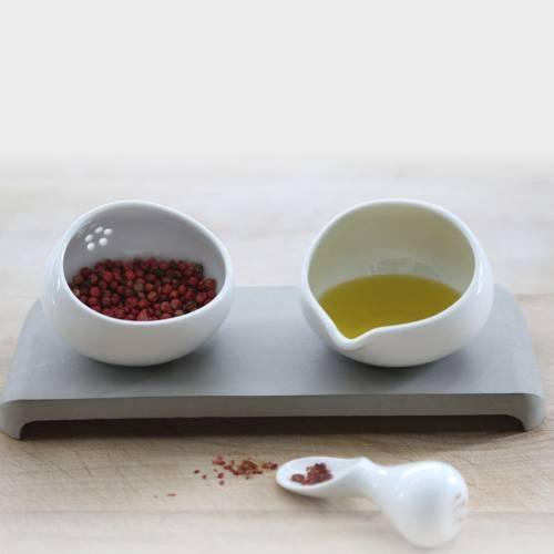 U-Spice Condiment Server | IntoConcrete
