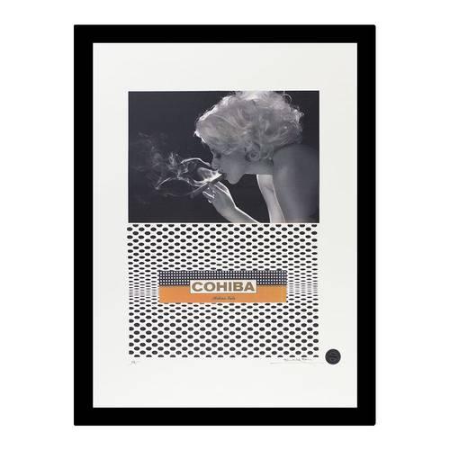 Marilyn Monroe Smoking