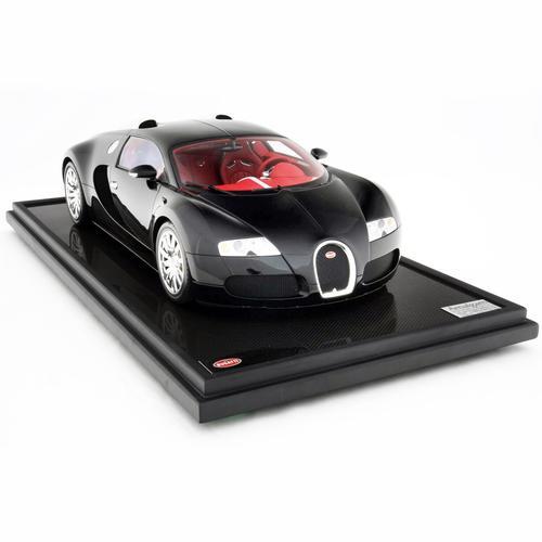 Bugatti   Veyron 2005   Amalgam   1:8 Scale Model Car